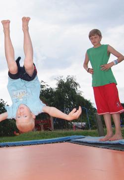 Legepladsen dine børn ikke bliver trætte af på camping i Horsens